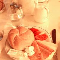 ホテルの朝食(ウィーン)